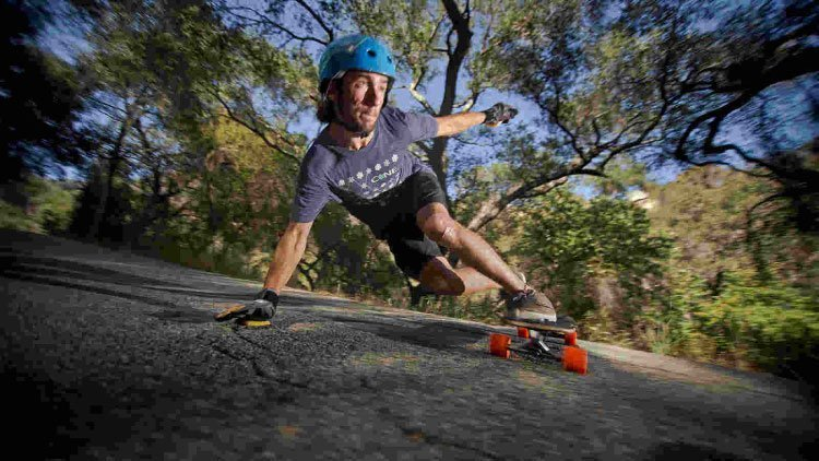 How To Ride A Longboard Safely